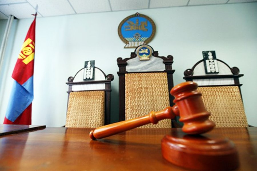 Авлигаа хувааж буй шүүгчдийн бичлэгийг Аюулгүйн зөвлөлд үзүүлжээ
